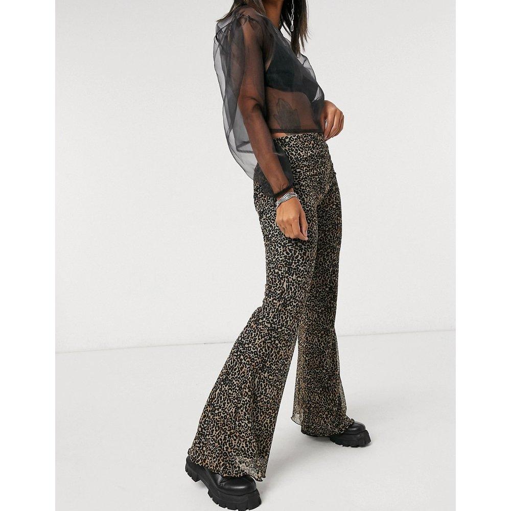 Pantalon évasé en jersey à imprimé léopard - Bershka - Modalova