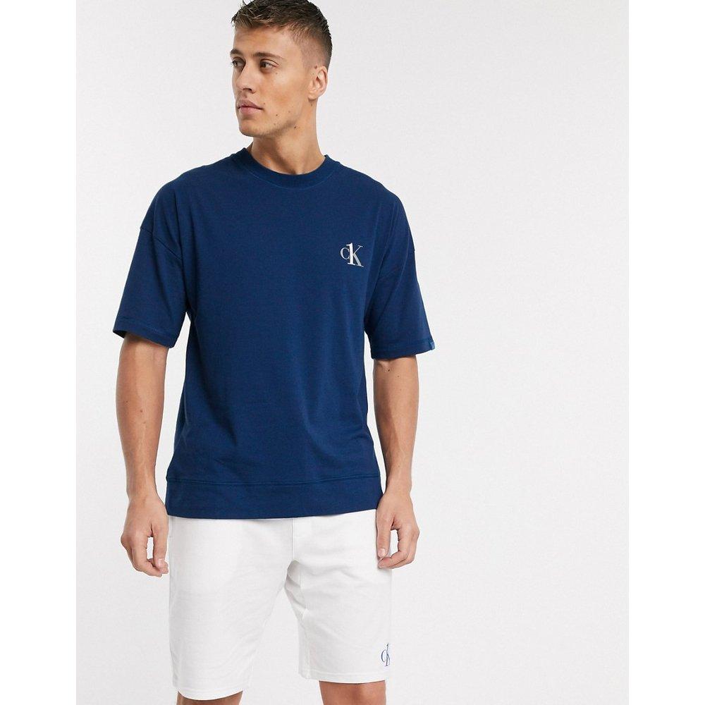 CK One - T-shirt confort ras du cou avec logo - Calvin Klein - Modalova