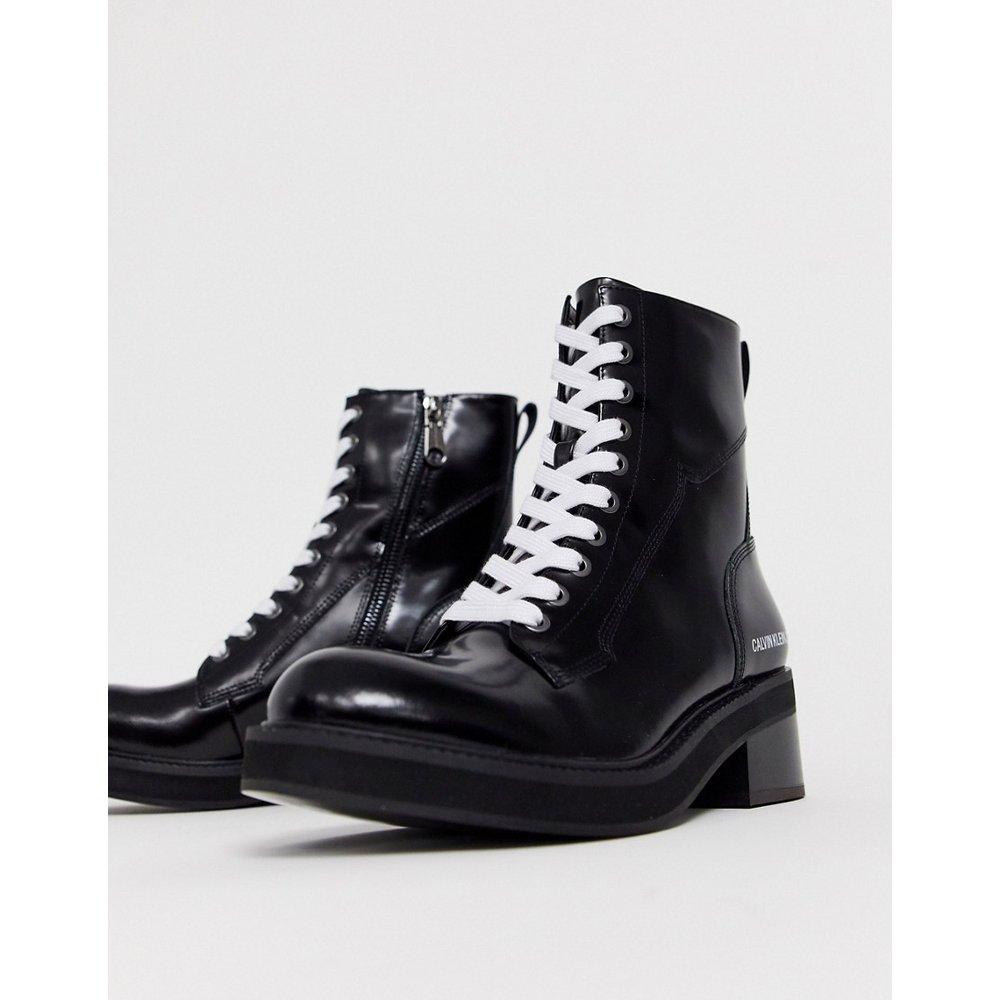 Ebba - Bottines en cuir à lacets avec semelle épaisse - Calvin Klein - Modalova