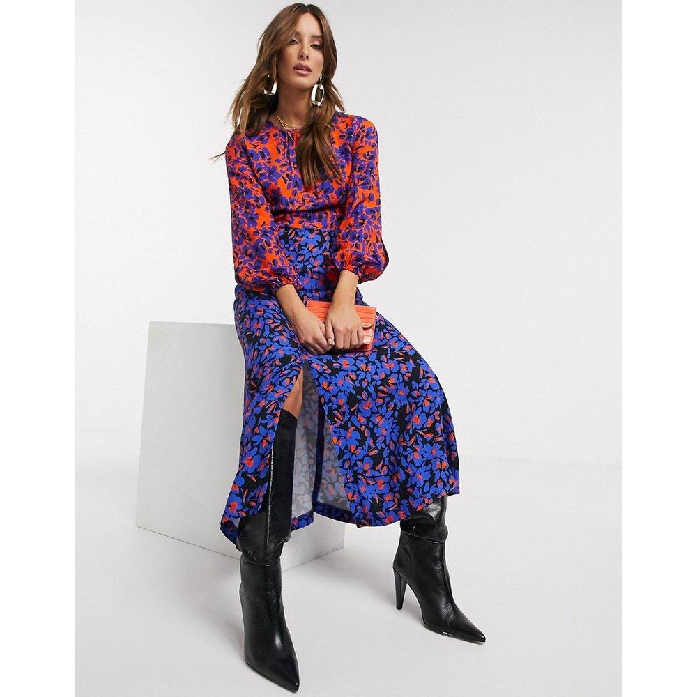 Robe mi-longue fendue à manches longues avec imprimé fleuri varié - closet london - Modalova