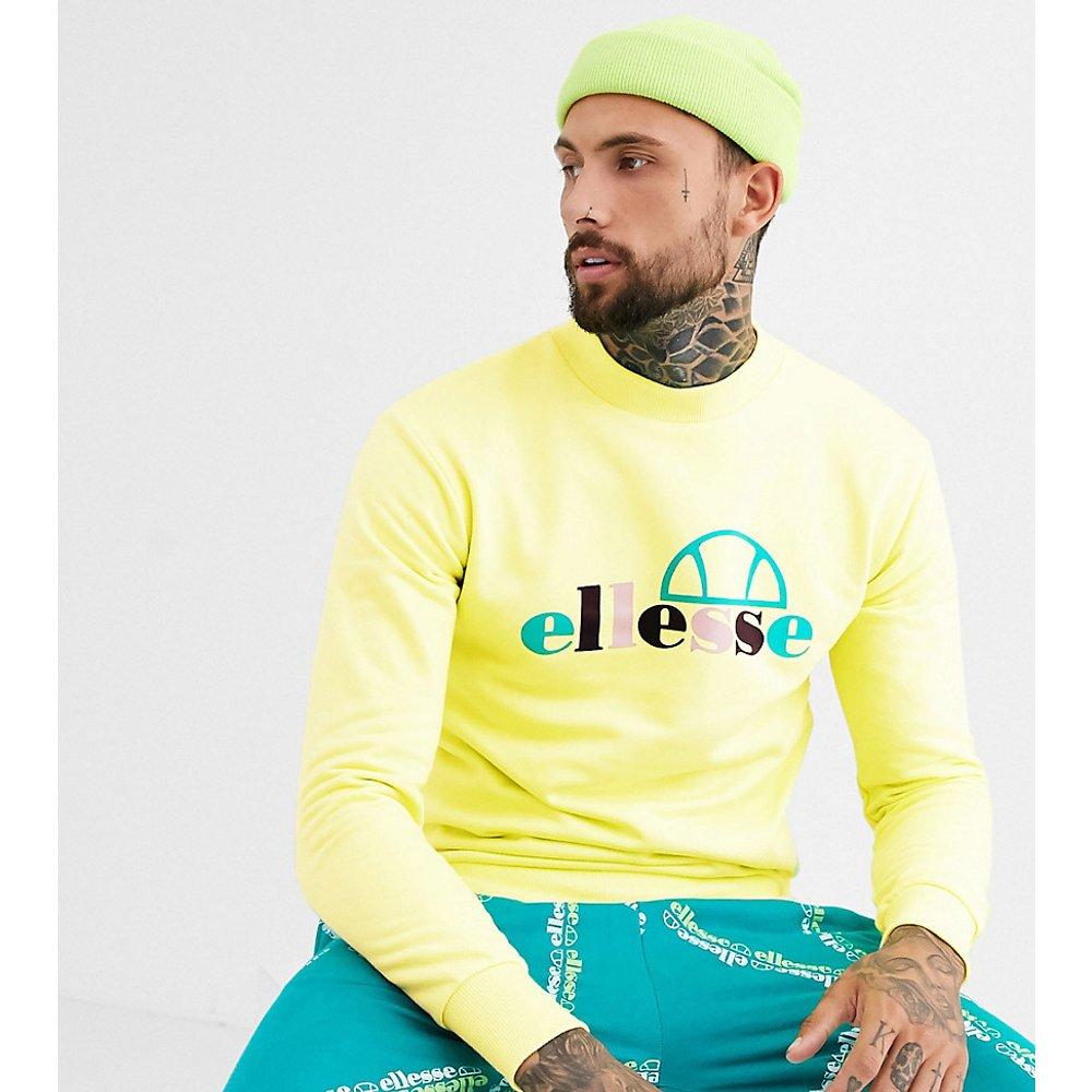 Stel - Sweat-shirt à col montant avec grand logo - Vert citron - Exclusivité ASOS - Ellesse - Modalova