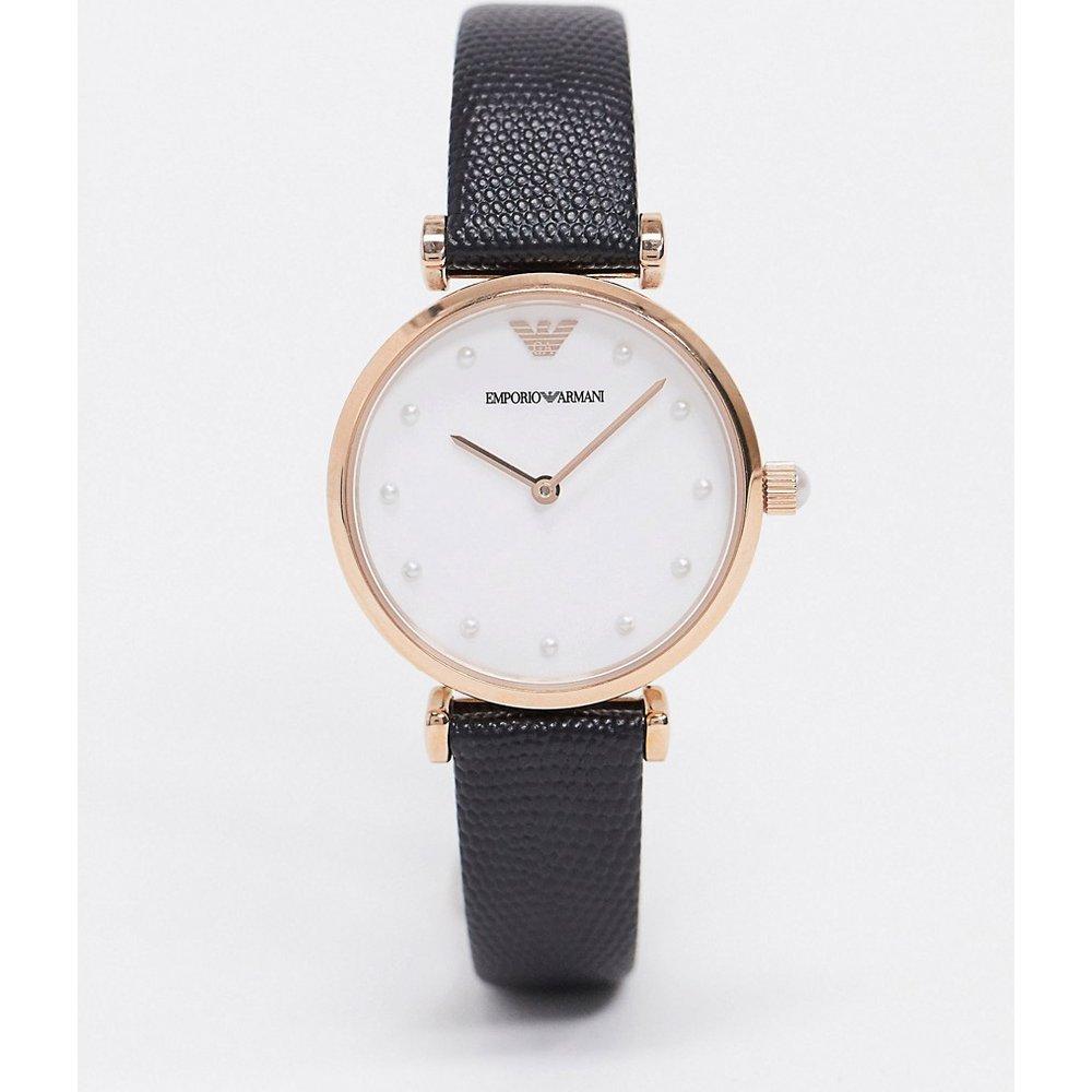 AR11270 Gianni - Montre avec fermoir en T et bracelet en cuir - Emporio Armani - Modalova