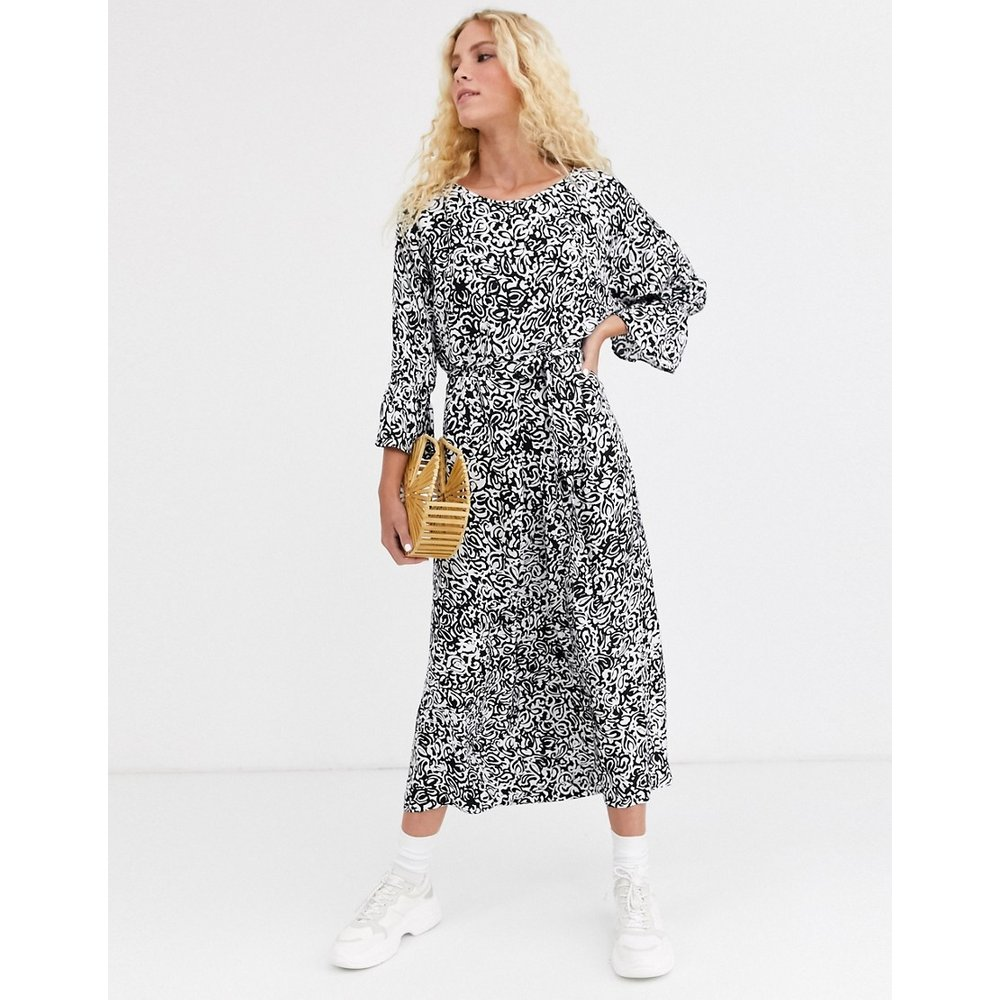 Timbera - Robe mi-longue large imprimée - Essentiel Antwerp - Modalova