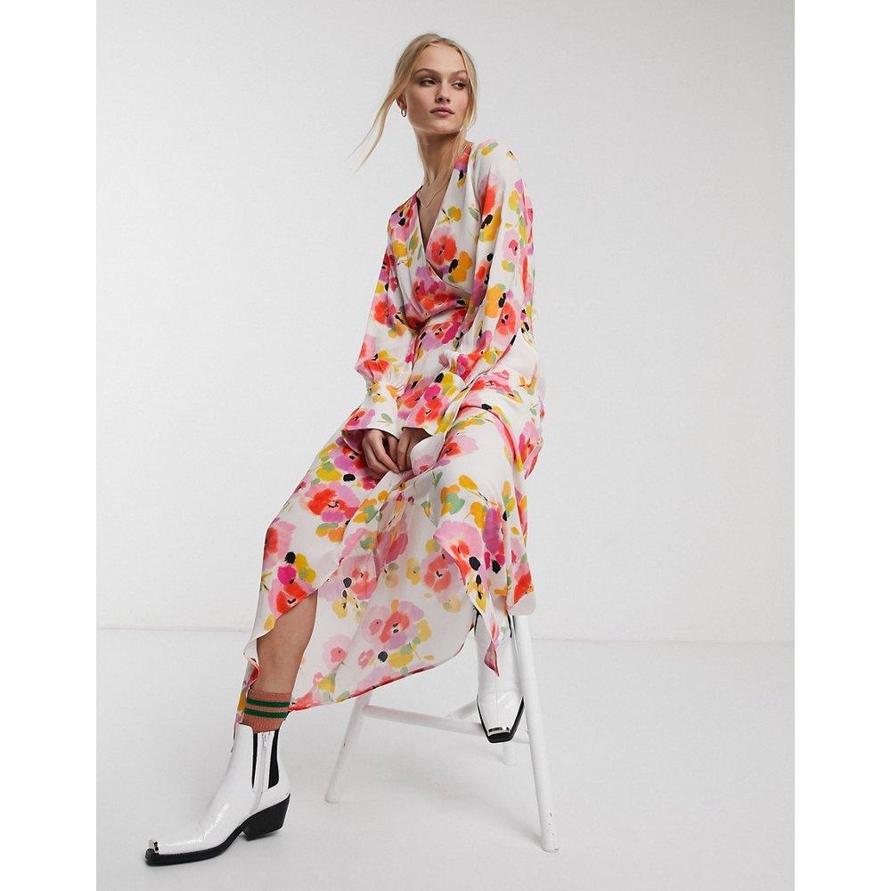 Valoumi - Robe mi-longue à fleurs - Essentiel Antwerp - Modalova