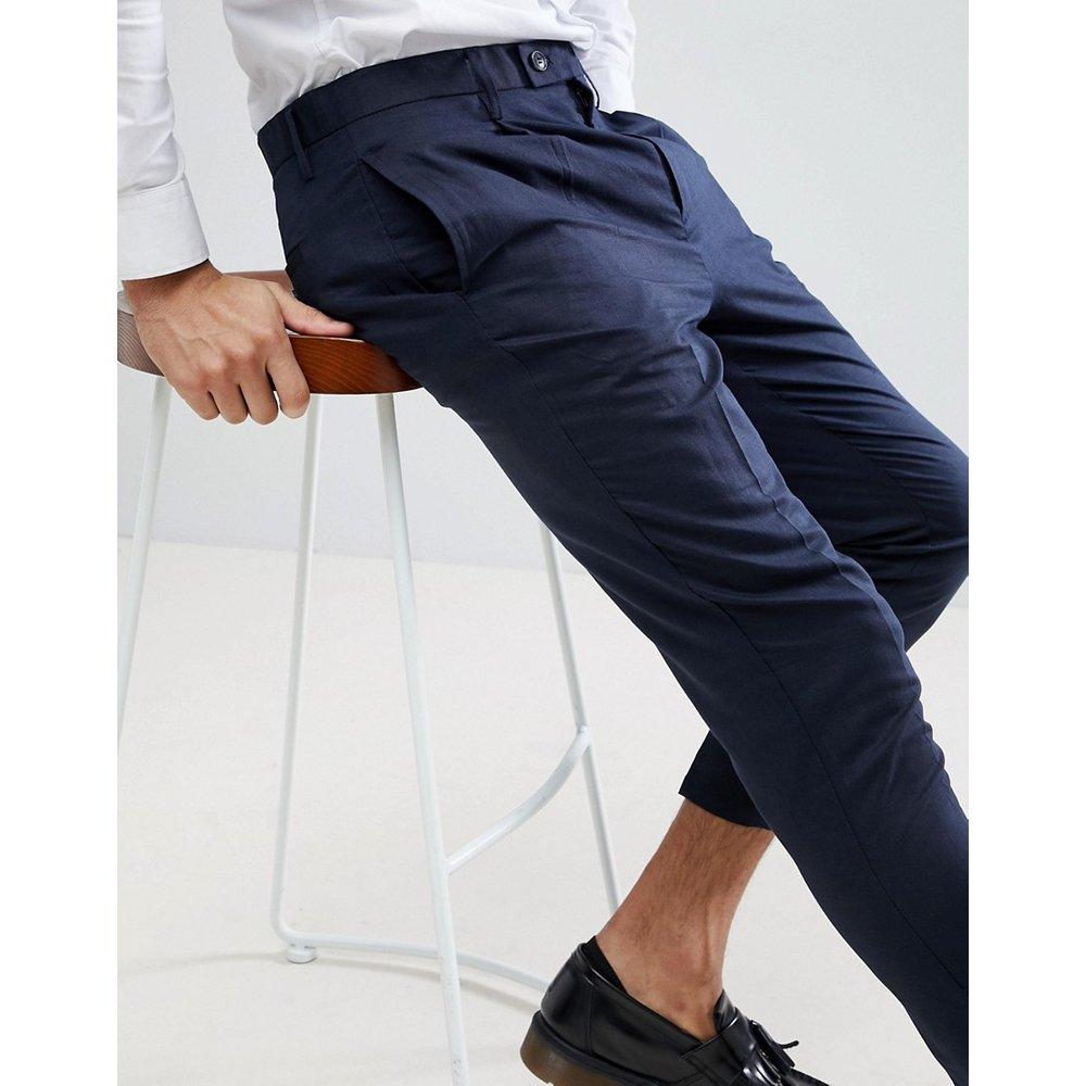 Pantalon court plissé en lin - Gianni Feraud - Modalova