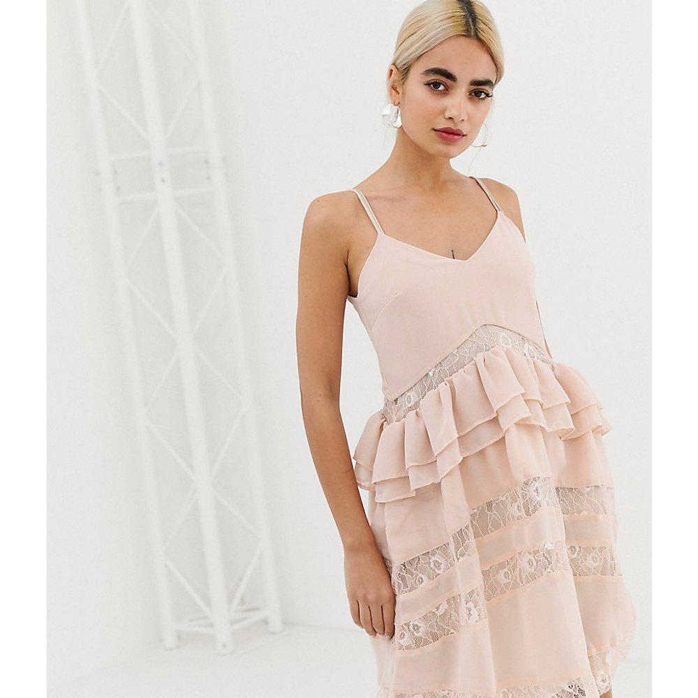 Robe avec détails en dentelle - Glamorous Petite - Modalova