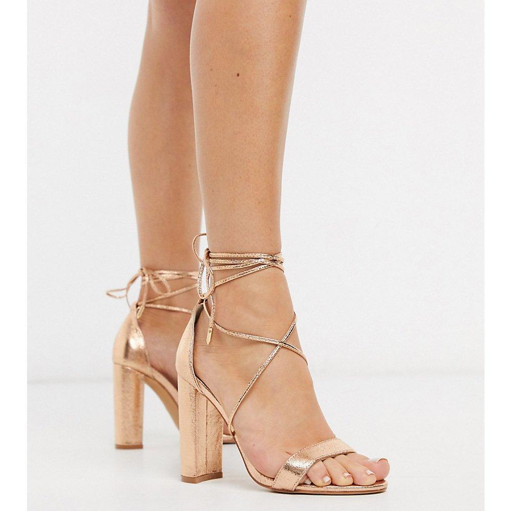 Glamorous - Sandales pointure large à talons carrés avec lien sur la cheville - Or rose métallisé - Glamorous Wide Fit - Modalova