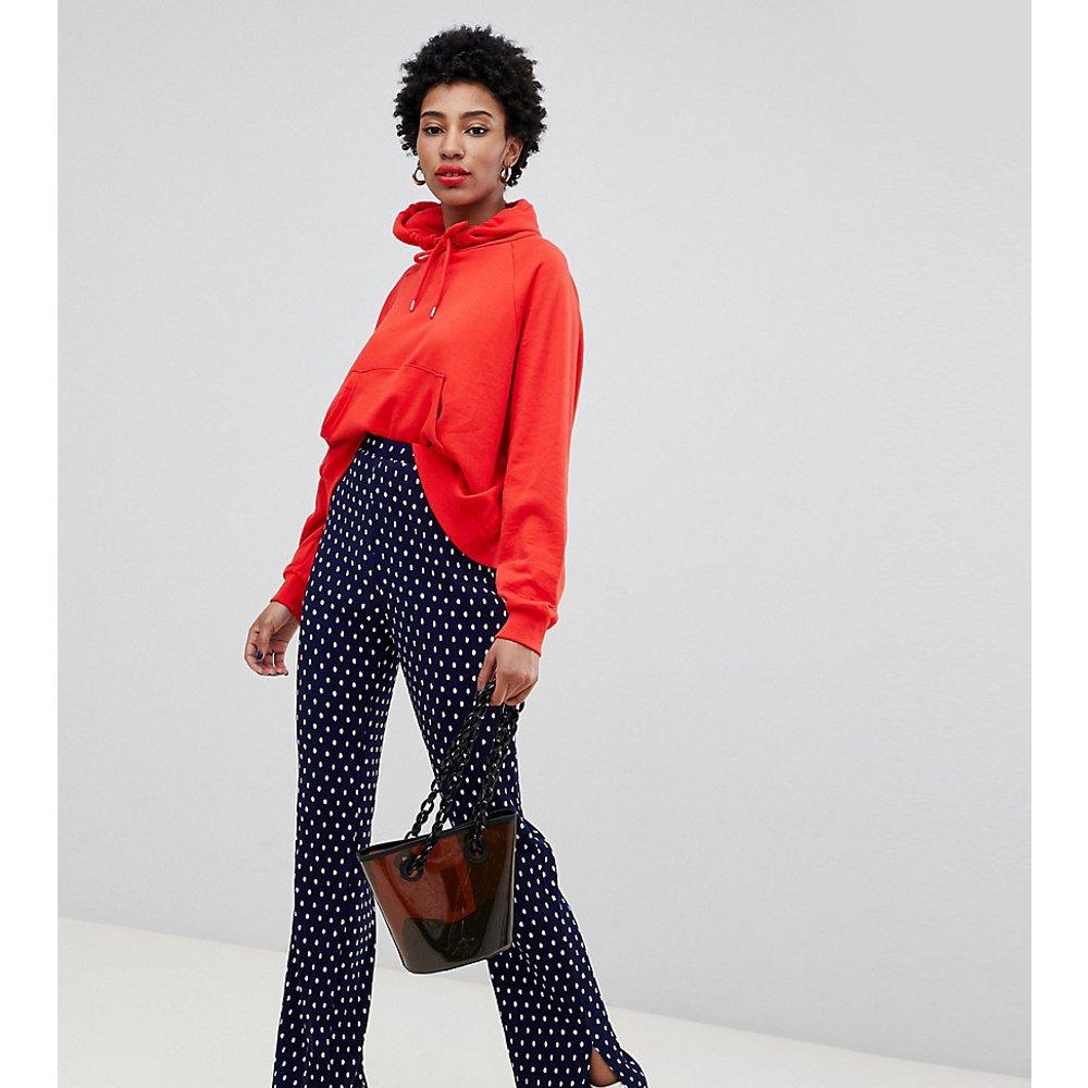 Pantalon plissé à mini pois et fentes - Glamorous Tall - Modalova