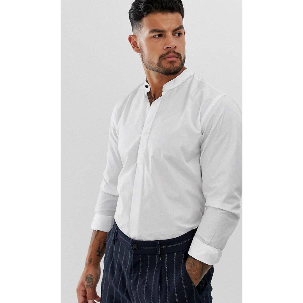 Chemise ajustée à col grand-père - Harry Brown - Modalova