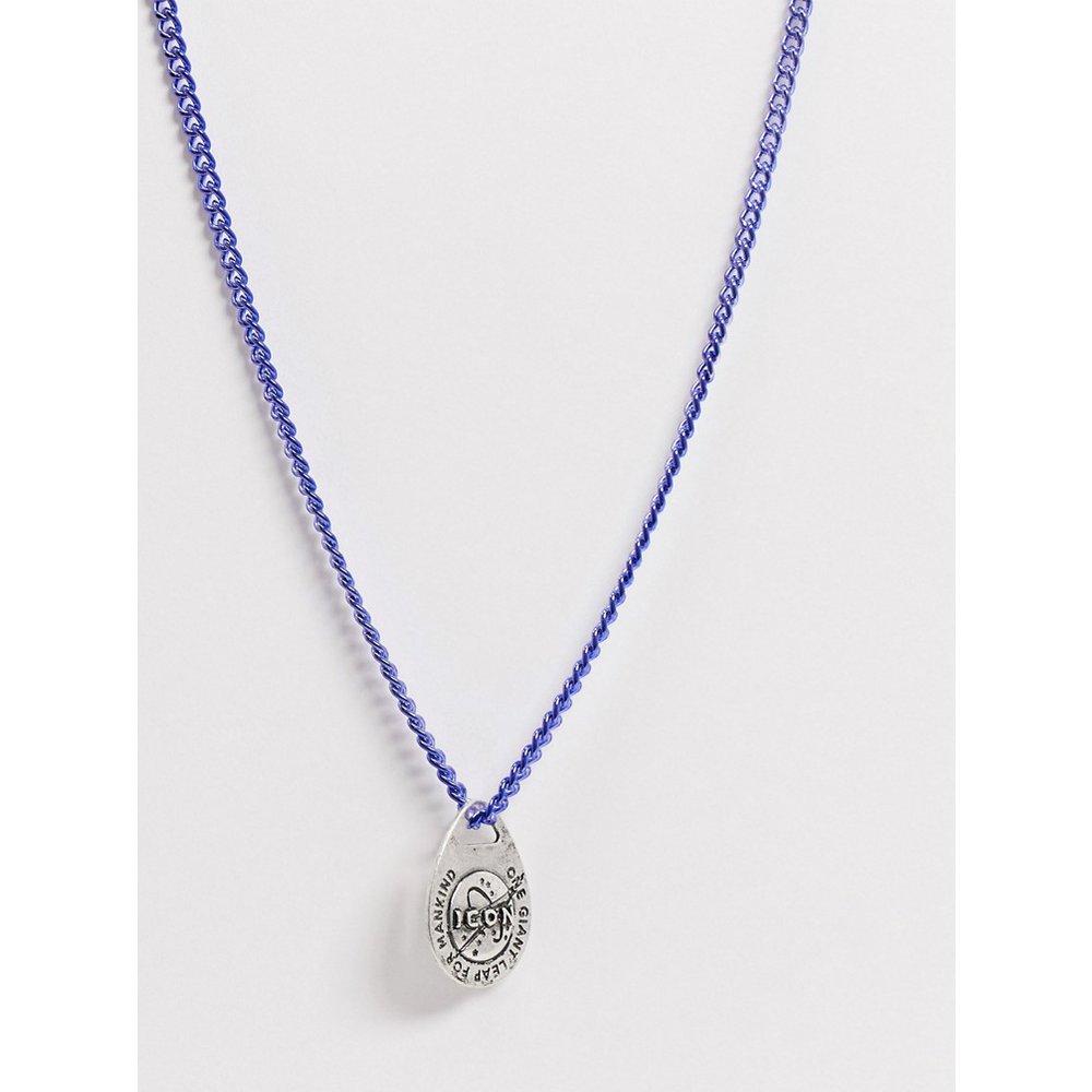 Collier bleu métallisé avec pendentif ovale motif espace - Icon Brand - Modalova