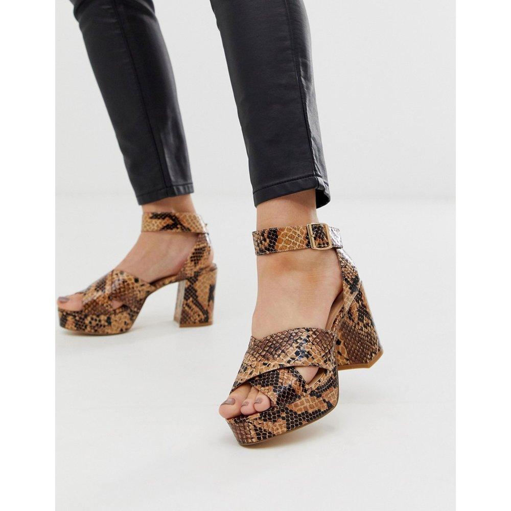 Sandales à motif peau de serpent avec plateformes et talons - London Rebel - Modalova
