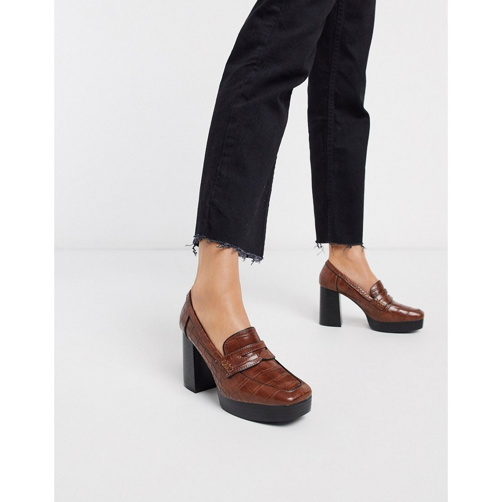 Chaussures à plateformes effet croco - Fauve - Mango - Modalova