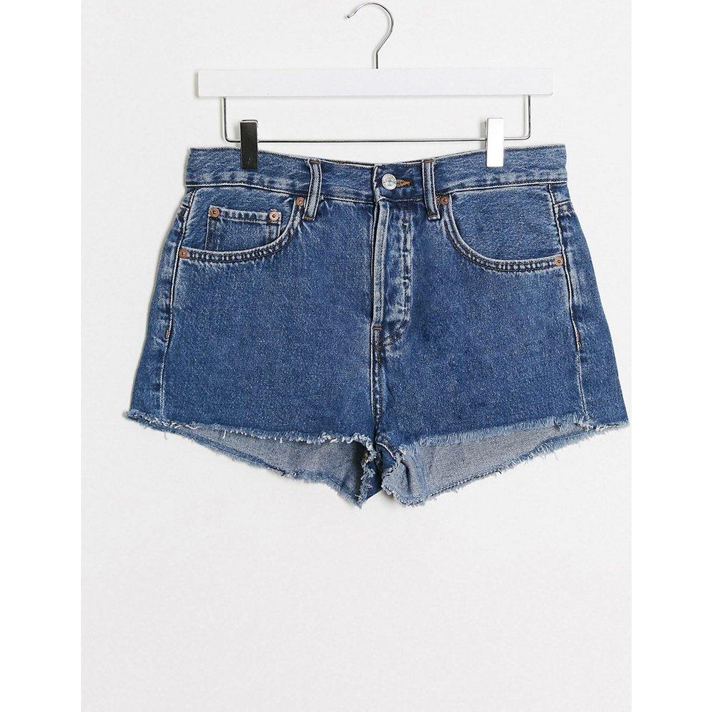 Short en jean à bords bruts - foncé - Mango - Modalova