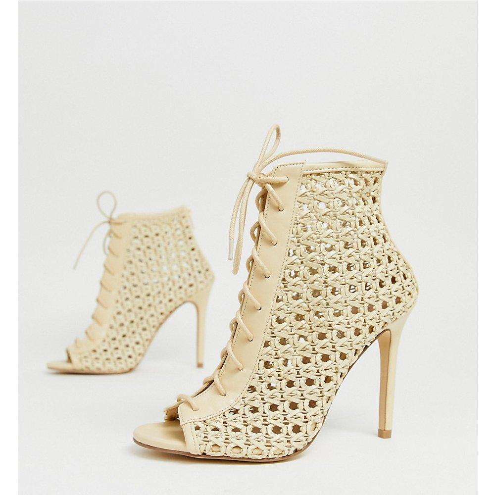 Chaussures tressées à talons et lacets - Crème - Miss Selfridge - Modalova
