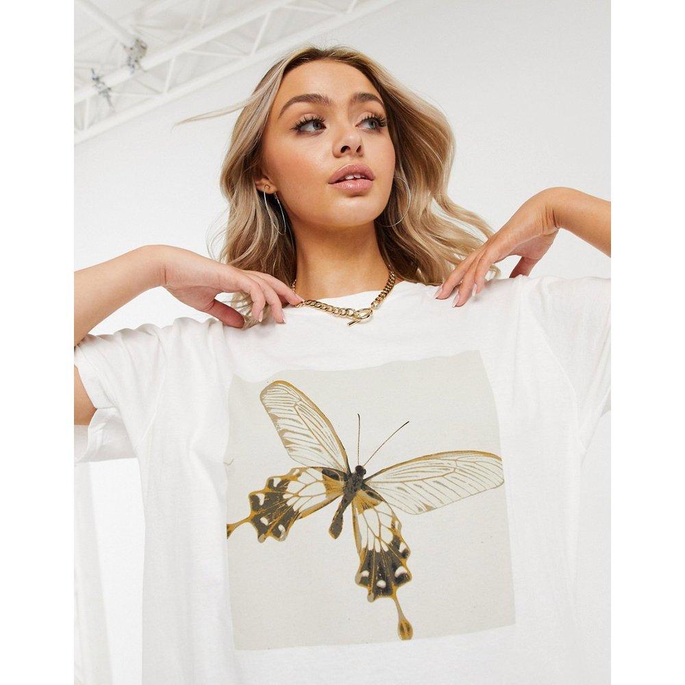 Robe t-shirt oversize à imprimé papillons - Missguided - Modalova