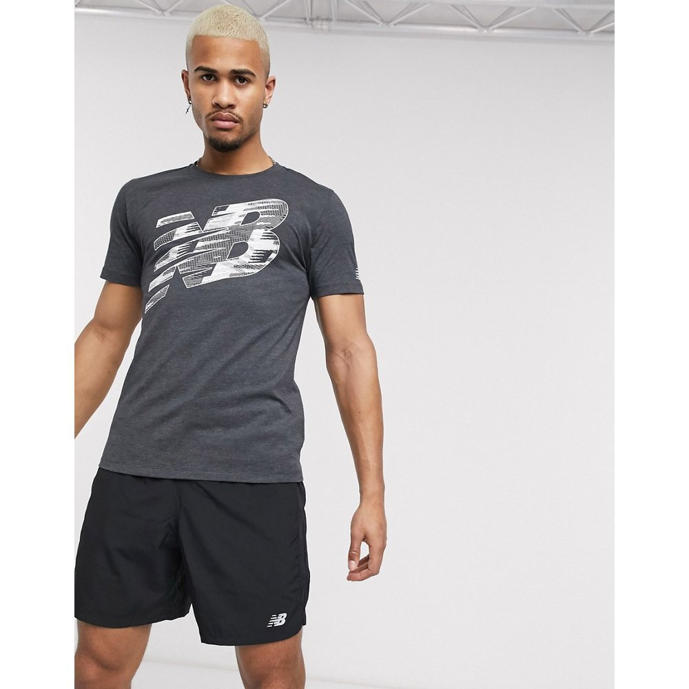 T-shirt de course à logo graphique - New Balance - Modalova