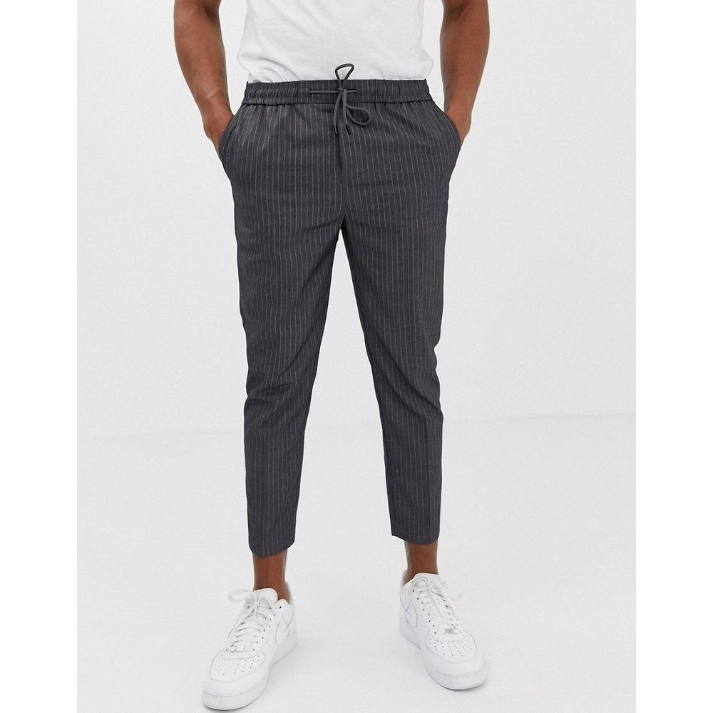Pantalon court coupe slim - Fines rayures - New Look - Modalova