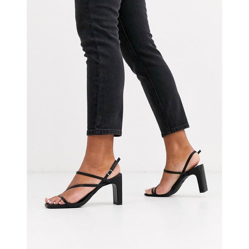 Sandales à talons aspect cuir et bout carré - New Look - Modalova