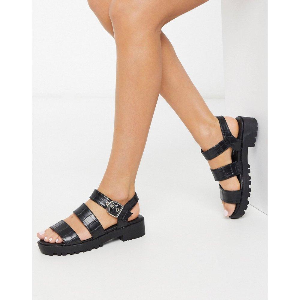 Sandales plates chunky en imitation cuir - croco - New Look - Modalova