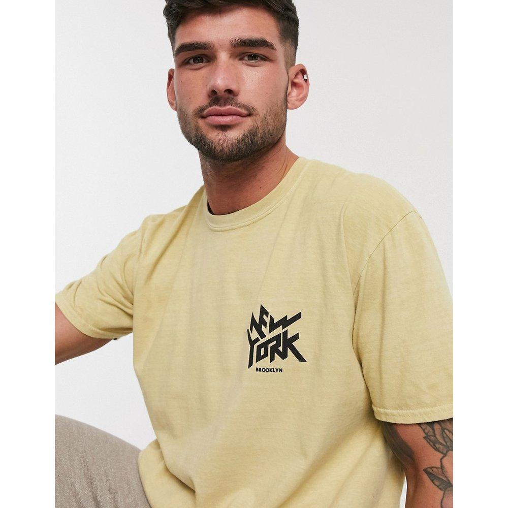T-shirt surteint à imprimé NY sur le devant - Moutarde - New Look - Modalova