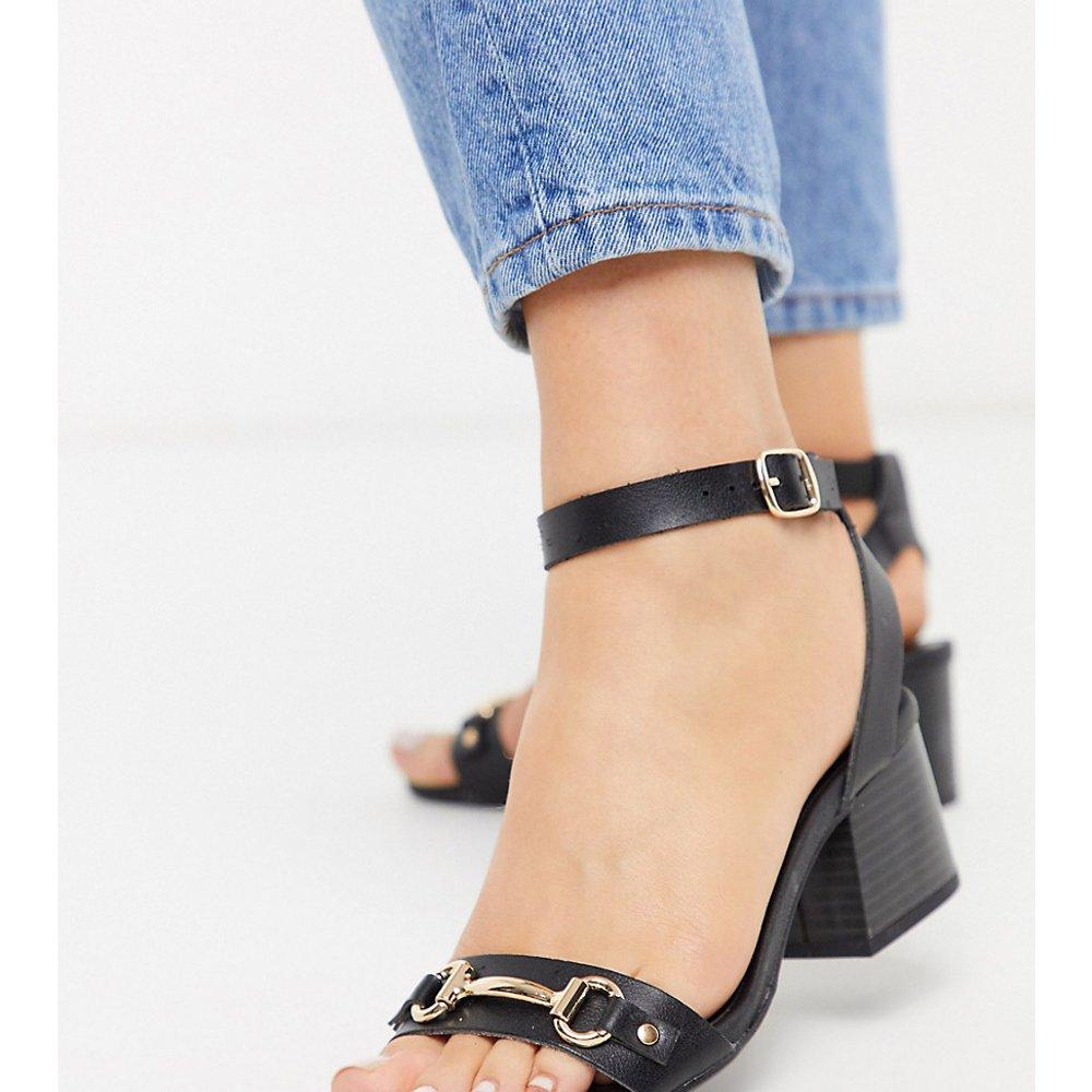 Sandales à talons et brides croisées effet croco - New Look Wide Fit - Modalova