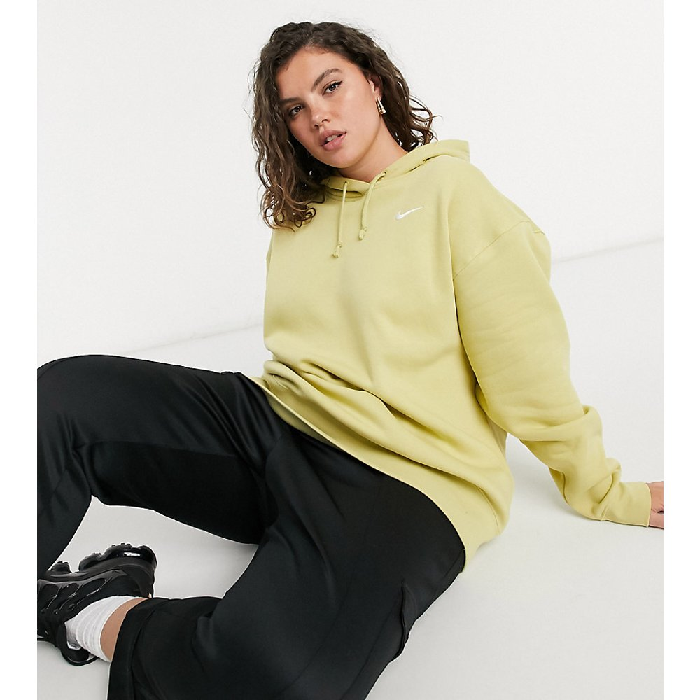 Hoodie oversize à petit logo avec détail nervuré aux manches - olive - Nike - Modalova