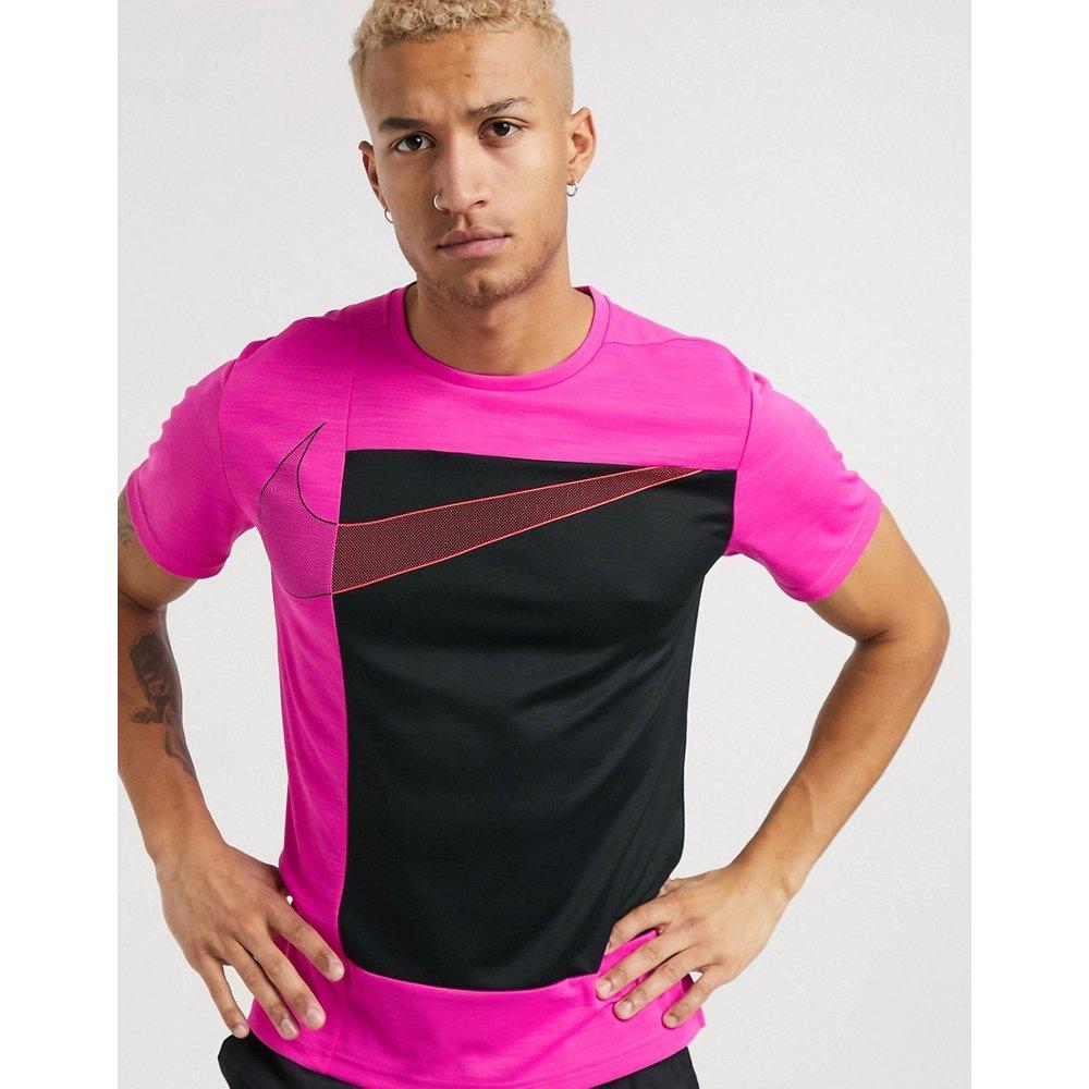 Sport Clash super set - T-shirt - Nike Training - Modalova