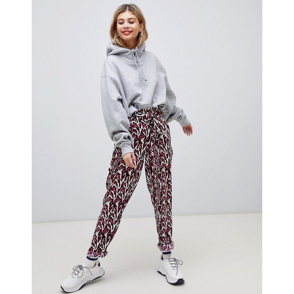 Pantalon imprimé avec taille haute froncée - Noisy May - Modalova
