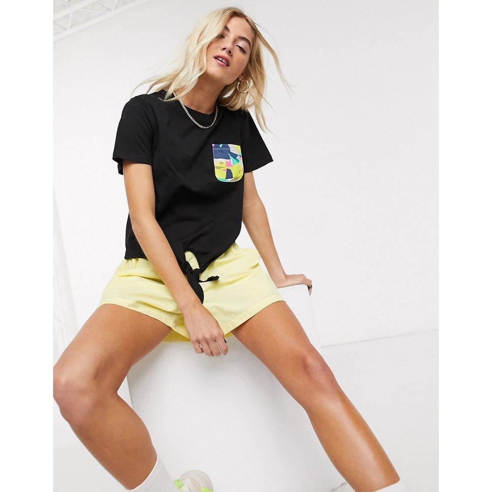 T-shirt noué devant avec poche contrastante - Noisy May - Modalova