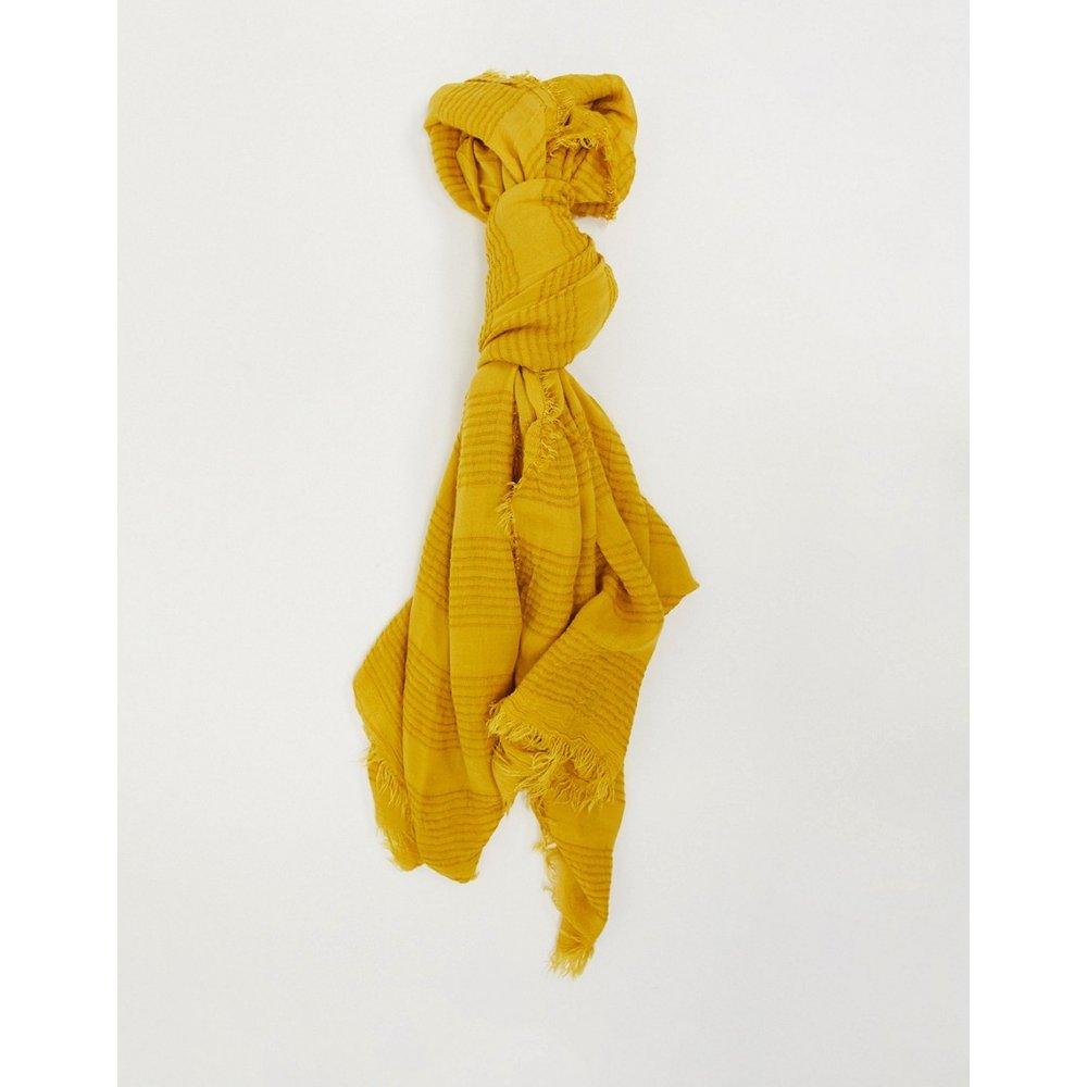 Écharpe légère texturée - moisson - Pieces - Modalova