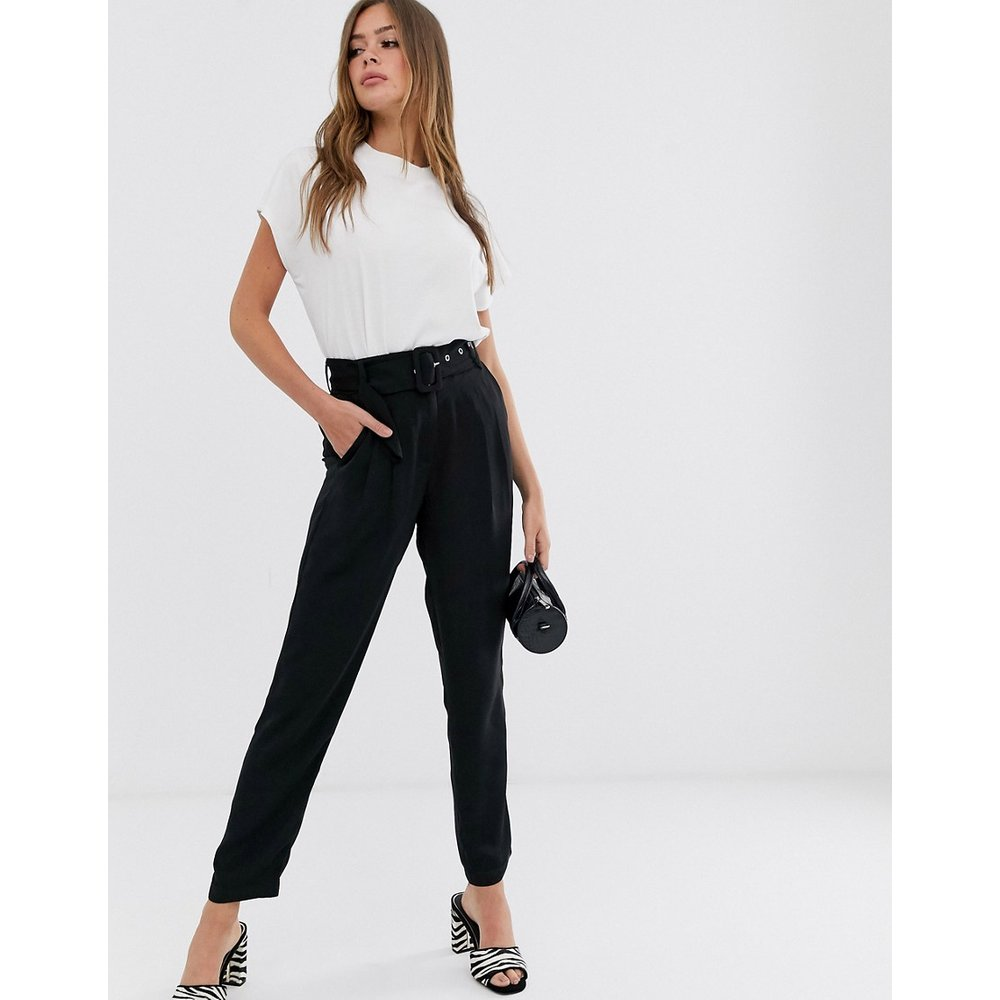 Pantalon avec ceinture - Pieces - Modalova