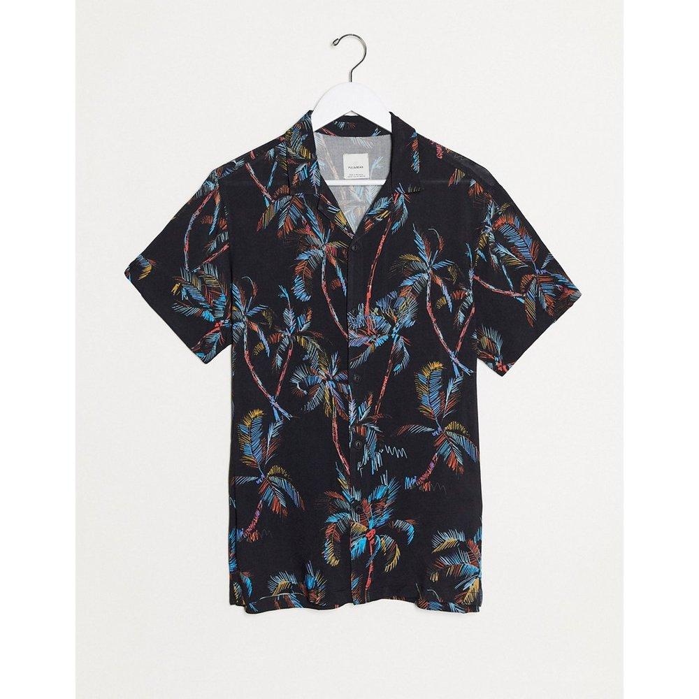 Chemise manches courtes à imprimé feuilles - Noir - Pull&Bear - Modalova