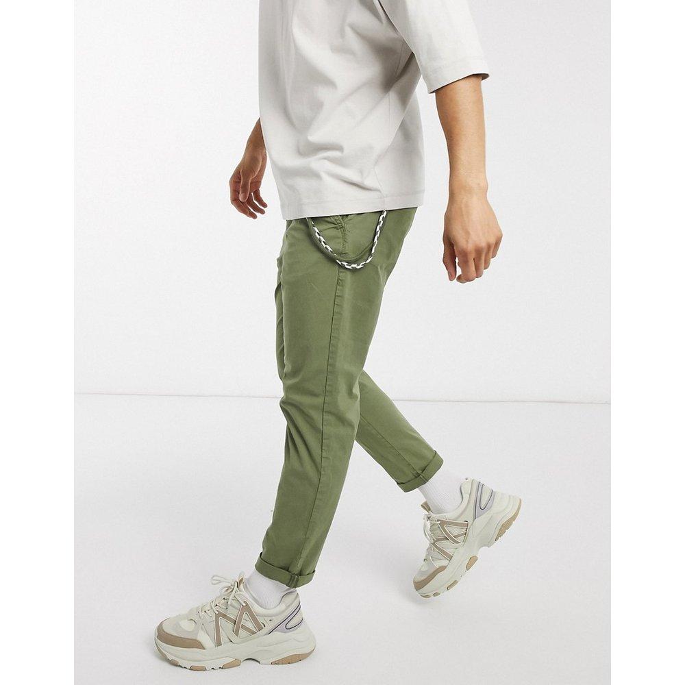 Pantalon chino avec chaîne - Kaki - Pull&Bear - Modalova
