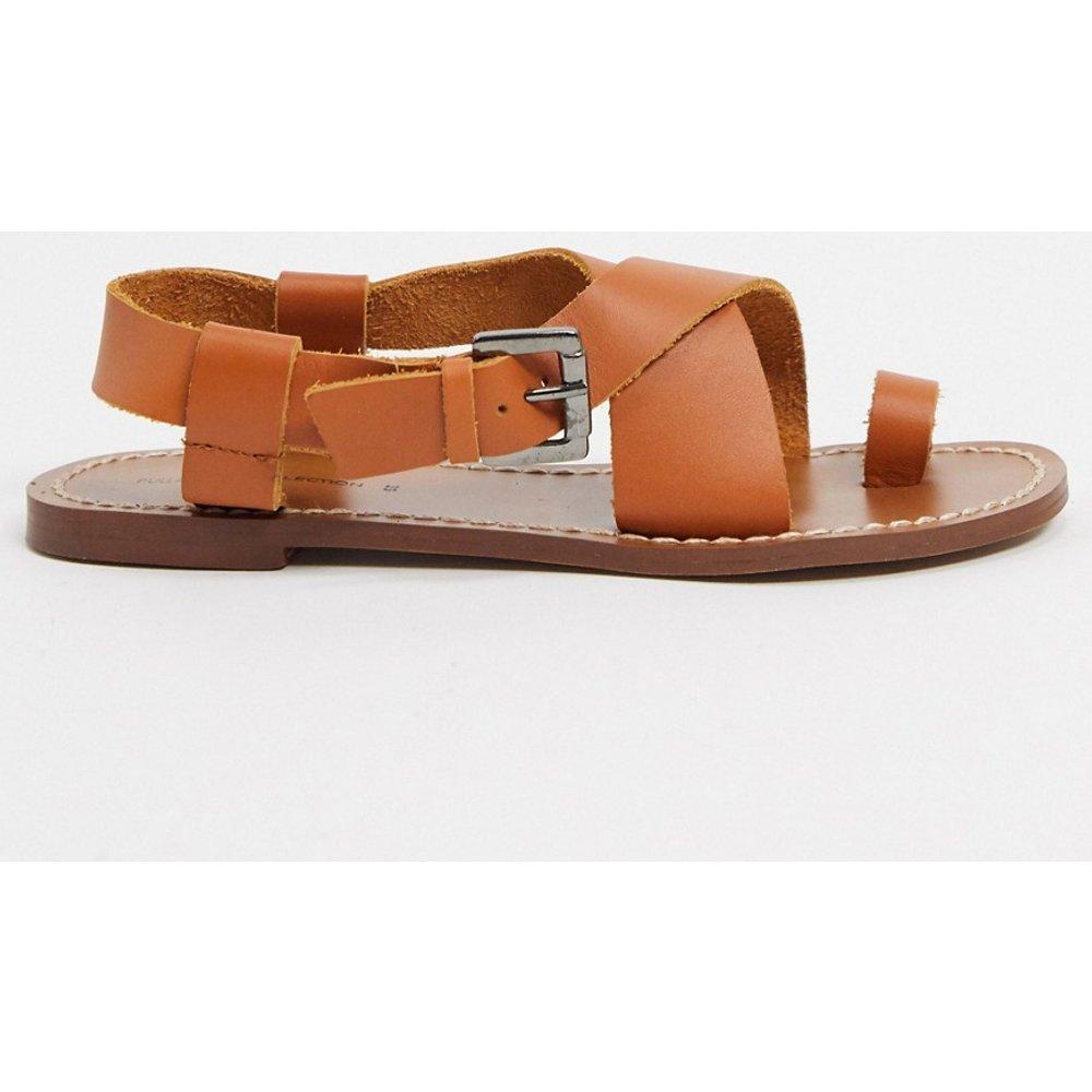 Sandales plates en cuir - Pull&Bear - Modalova