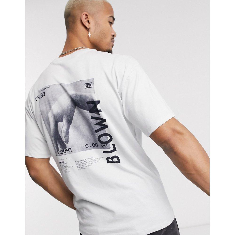 T-shirt décontracté avec poche sur le devant - Pull&Bear - Modalova