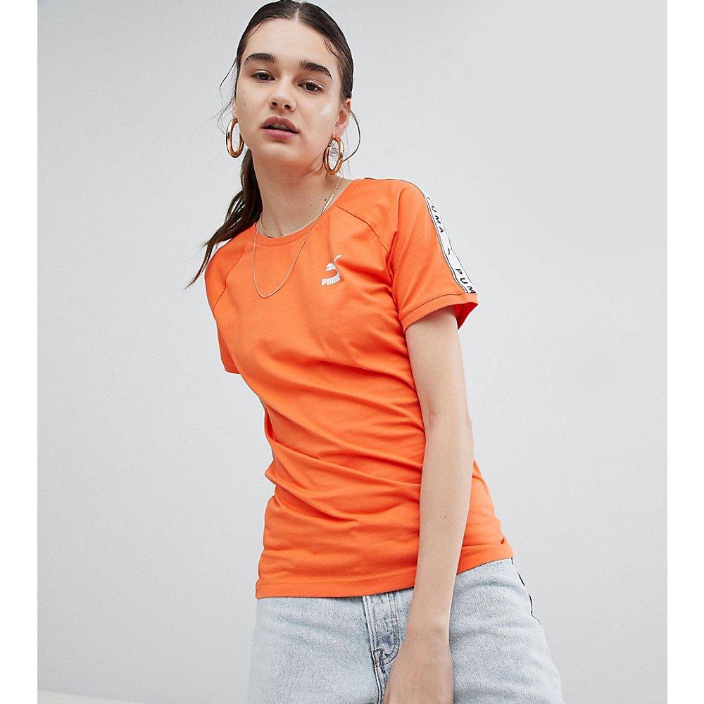 T-shirt avec bande sur le côté exclusivité ASOS - Puma - Modalova