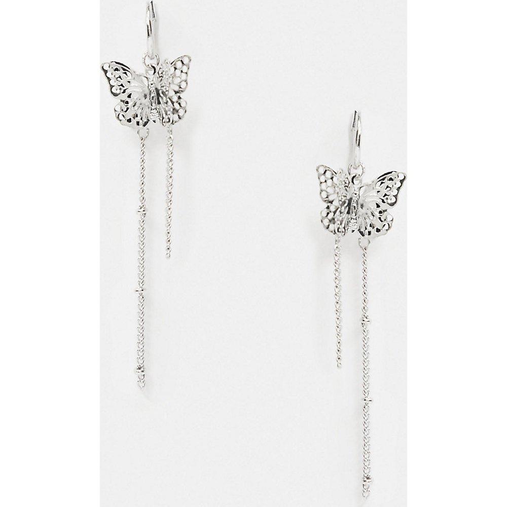 Inspired - Boucles d'oreilles motif chaînes et papillons - Reclaimed Vintage - Modalova