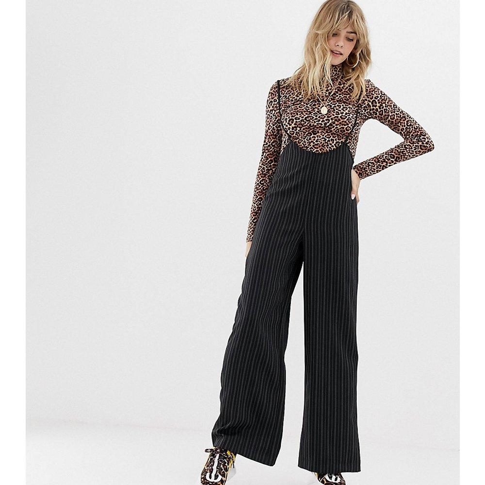 Inspired - Pantalon à fines rayures et bretelles - Reclaimed Vintage - Modalova