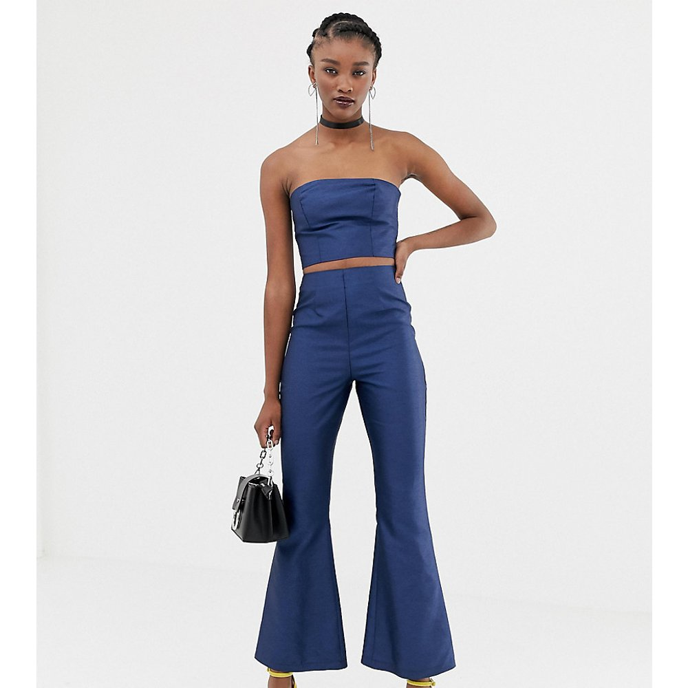 Inspired - Pantalon d'ensemble évasé en satin - Reclaimed Vintage - Modalova