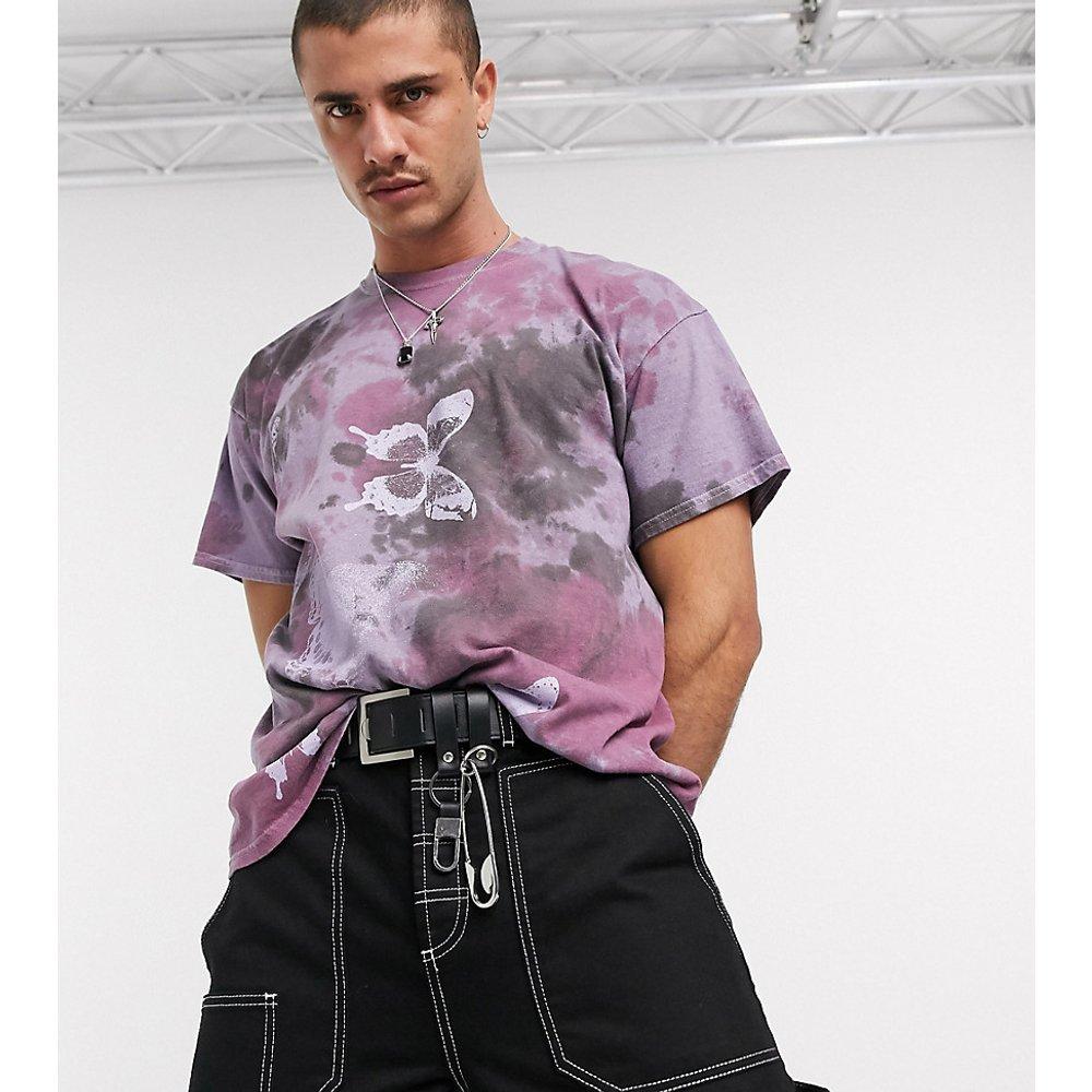 Inspired - T-shirt à imprimé papillons - effet tie-dye - Reclaimed Vintage - Modalova