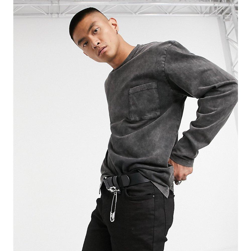 Inspired - T-shirt manches longues avec poche -Noir délavé - Reclaimed Vintage - Modalova