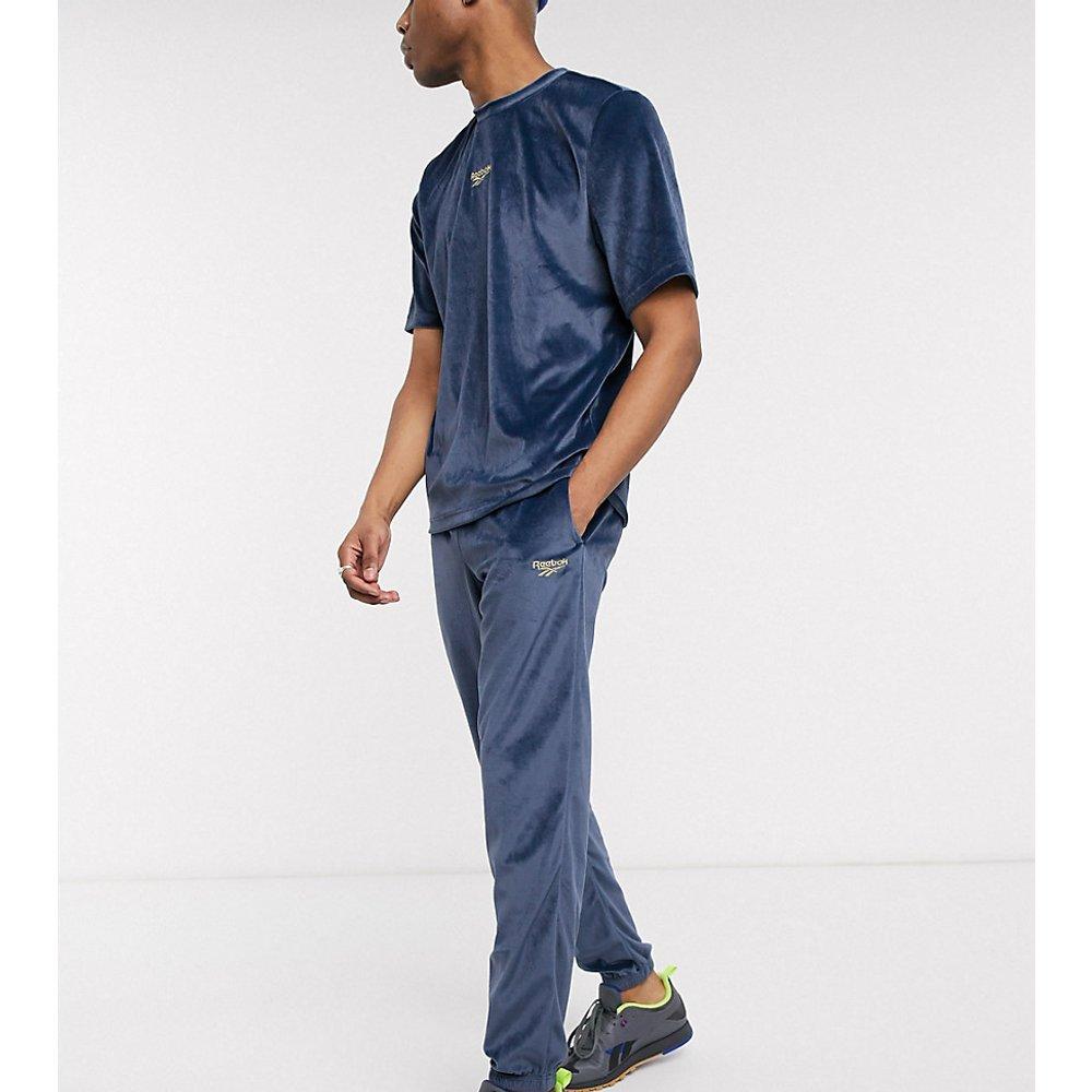 Jogger en velours - Bleu marine - Exclusivité ASOS - Reebok - Modalova