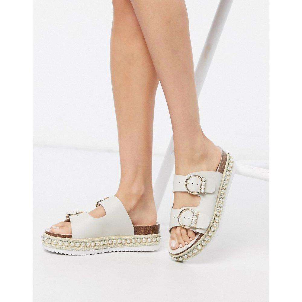 Chaussures à plateforme ornées de perles - Beige - River Island - Modalova