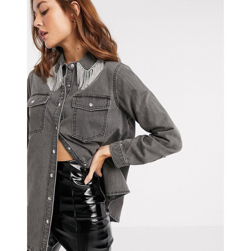 Chemise en jean avec col à franges en métal - River Island - Modalova