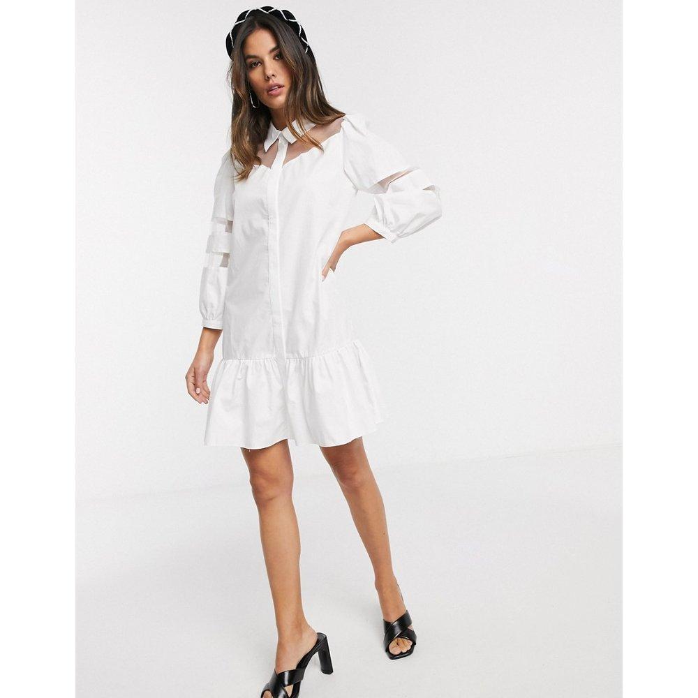 Robe chemise courte en organza à empiècement - Blanc - River Island - Modalova
