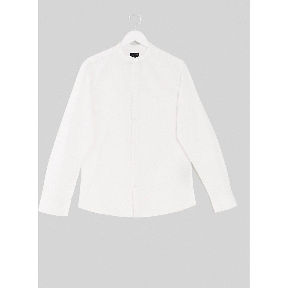 Chemise coupe slim en lin mélangé avec col grand-père - Selected Homme - Modalova