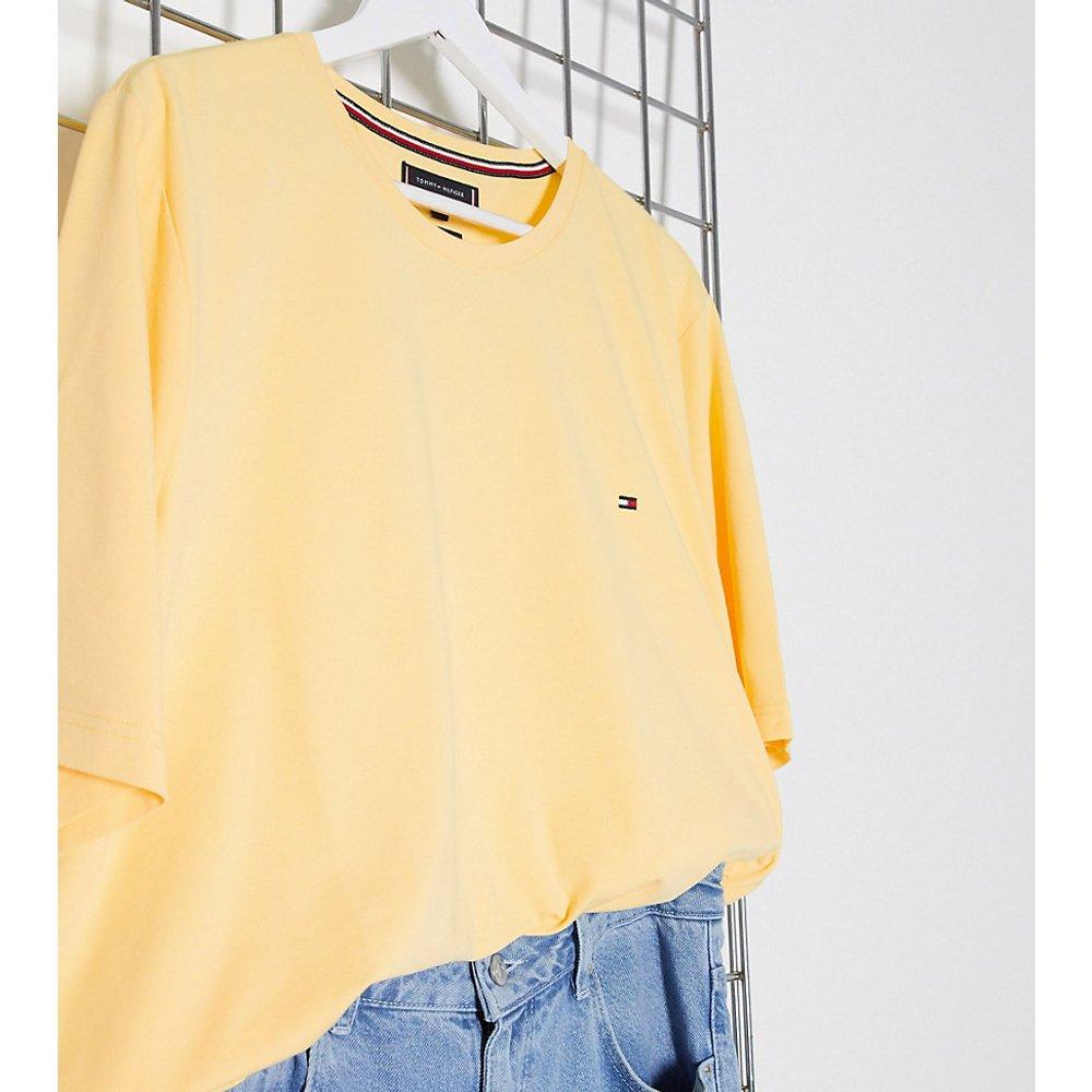 Big and Tall - T-shirt stretch coupe slim avec logo emblématique - Tommy Hilfiger - Modalova