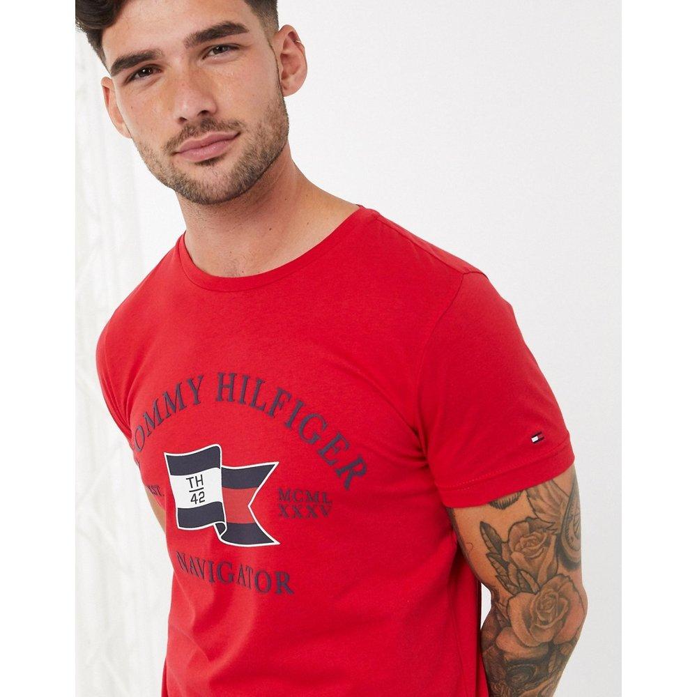T-shirt avec logo drapeau - Tommy Hilfiger - Modalova