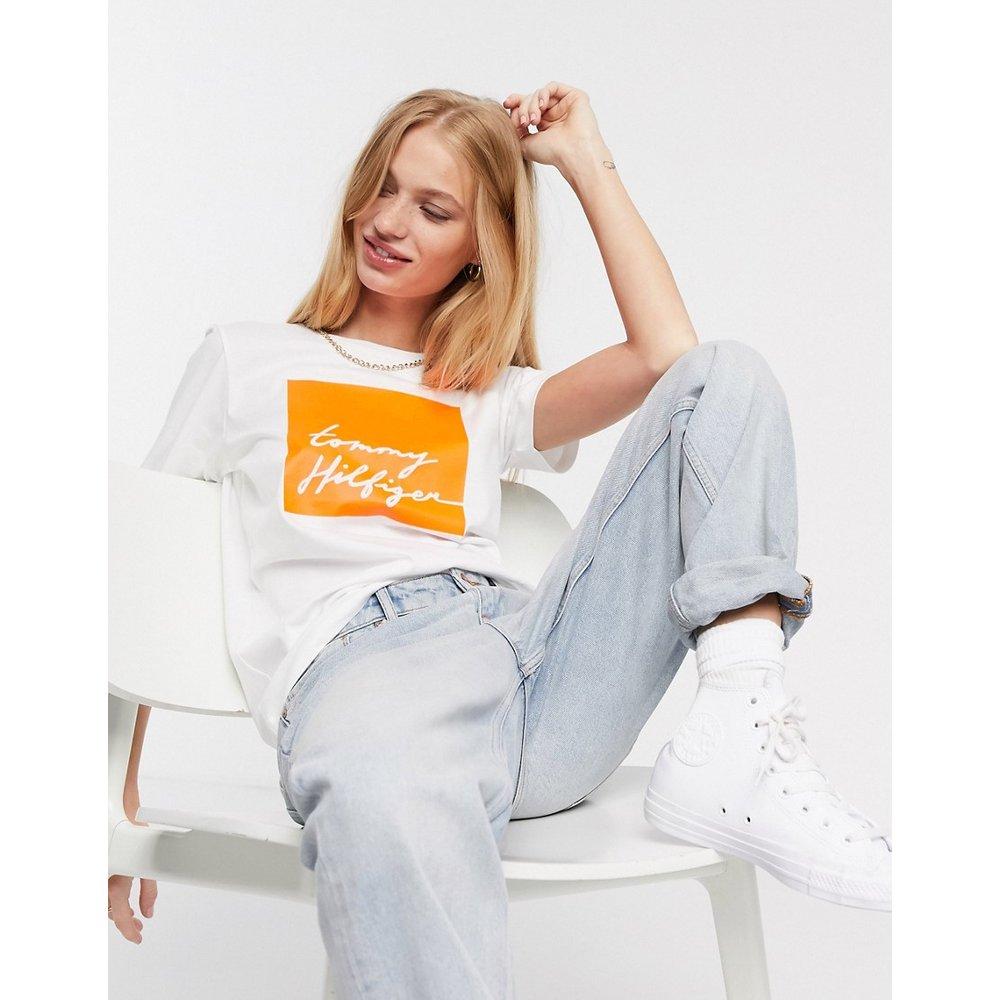 T-shirt avec logo encadré sur le devant - Tommy Hilfiger - Modalova