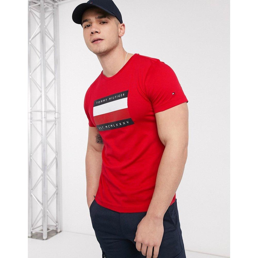 T-shirt imprimé avec logo emblématique encadré et rayures - primaire - Tommy Hilfiger - Modalova